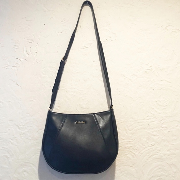 Calvin Klein Handbags - Calvin Klein Leather Messenger Bag